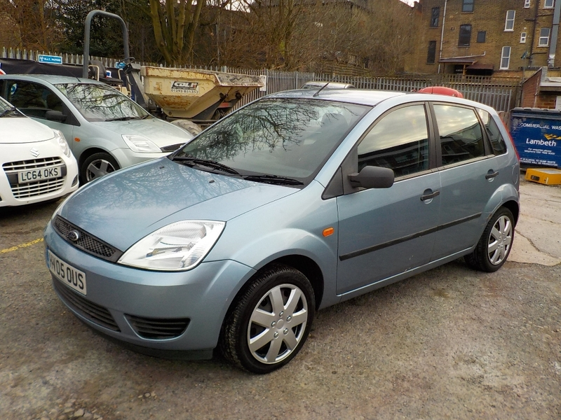 View FORD FIESTA Fiesta 1.2 Style