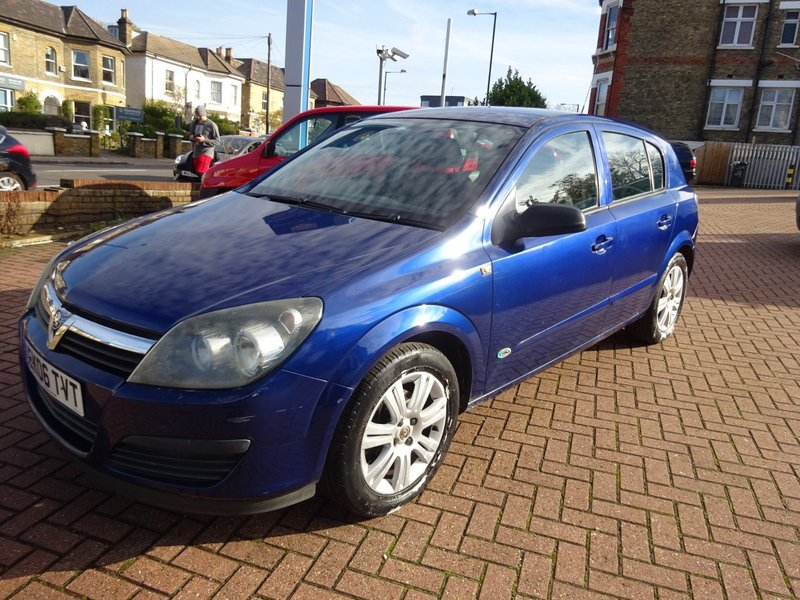 View VAUXHALL ASTRA 1.6 Active